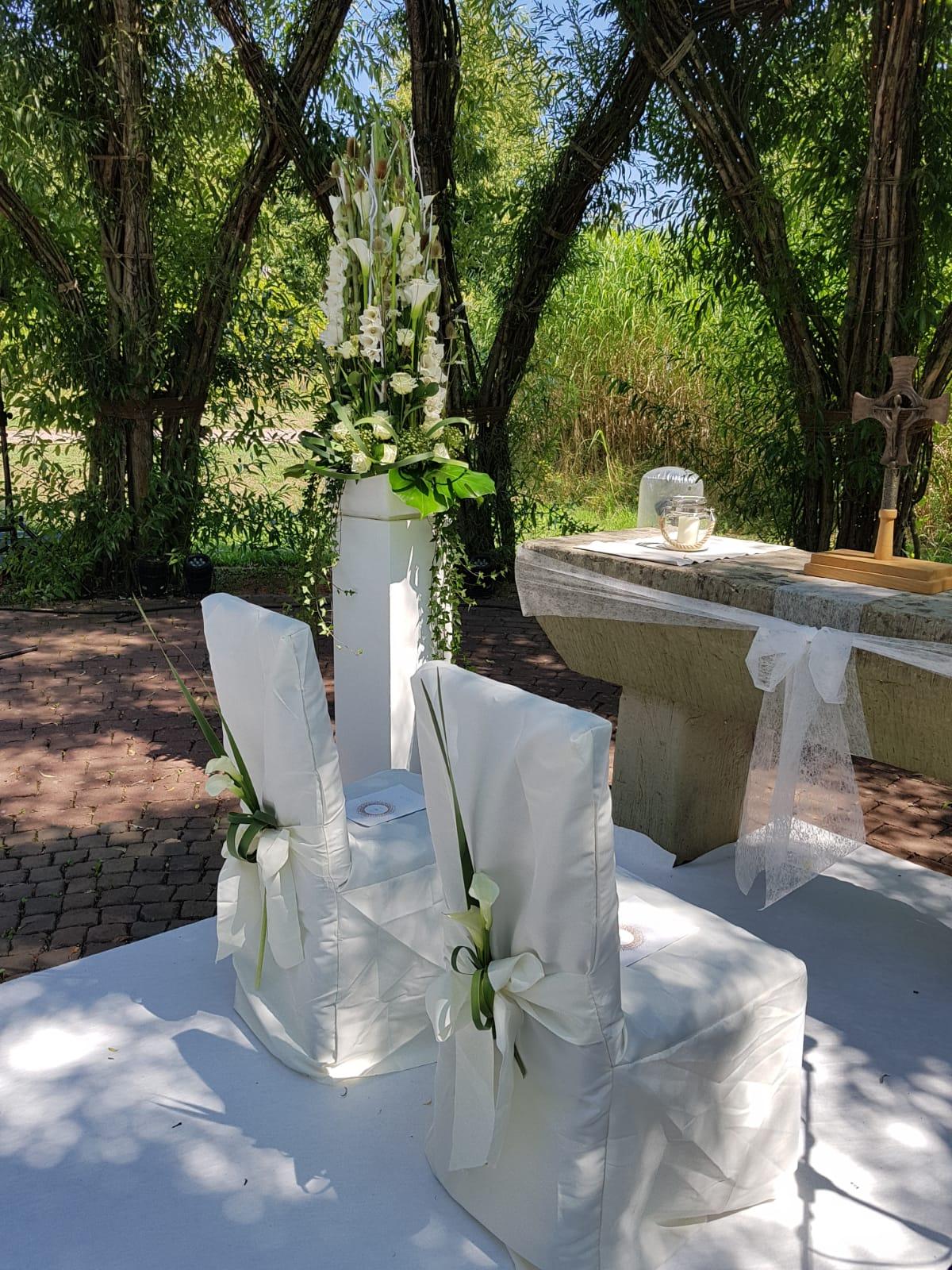 Eine Hochzeitsdekoration vorbereitet von Blumen Tinneberg Ramstein